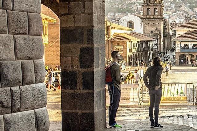 appreciating plaza de armas